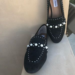 Steve Madden black pearl studded loafers